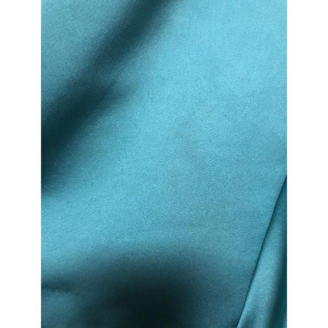 31 Sons de mode(トランテアンソンドゥモード)の31 sons de mode ヘビーサテンスカート レディースのスカート(ひざ丈スカート)の商品写真