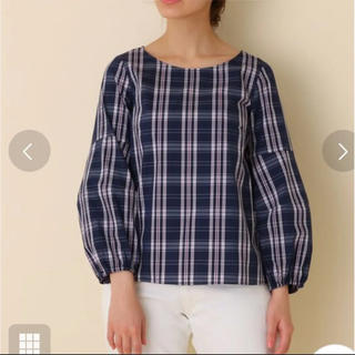 クチュールブローチ(Couture Brooch)の新品。couture brooch。ボリューム袖 リボンモチーフ付きブラウス(シャツ/ブラウス(長袖/七分))
