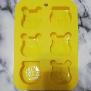 クマノプーサン(くまのプーさん)のディズニー シリコーン プチケーキ型 くまのプーさん(調理道具/製菓道具)