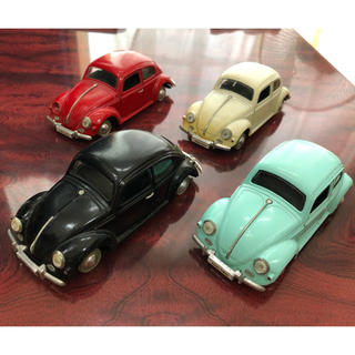 フォルクスワーゲン(Volkswagen)のフォルクスワーゲン ミニカー4色セット(ミニカー)