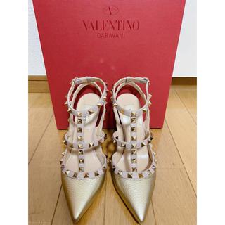 ヴァレンティノ(VALENTINO)のVALENTINO ROCK STUDS アンクルストラップ サンダル(サンダル)