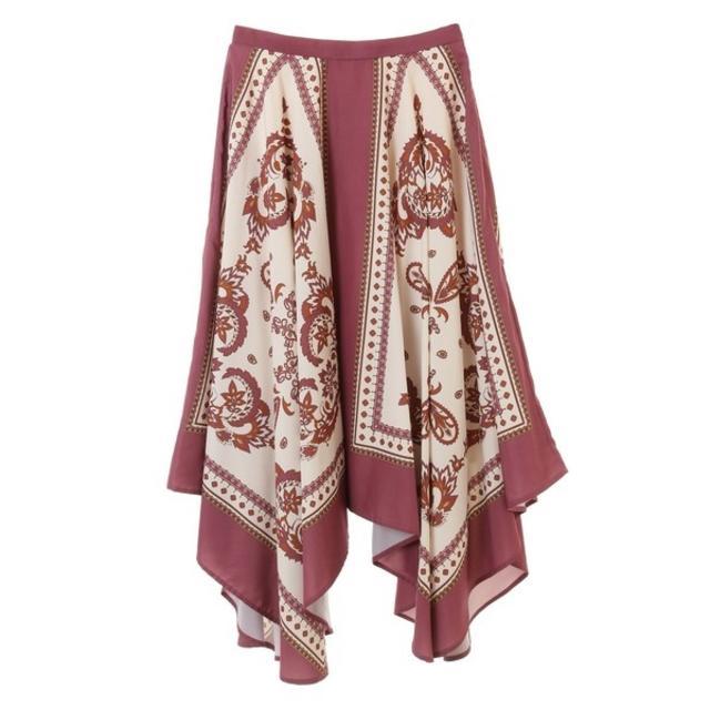 31 Sons de mode(トランテアンソンドゥモード)のしろな様専用 スカーフ柄プリントスカート レディースのスカート(ひざ丈スカート)の商品写真