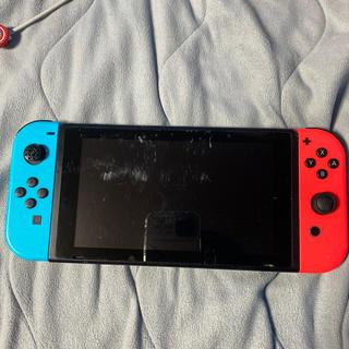 ニンテンドースイッチ(Nintendo Switch)の任天堂Switch マリオカート版(家庭用ゲームソフト)