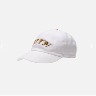 ヴェルサーチ(VERSACE)の完売品 KITH X VERSACE SCRIPT CAP White(キャップ)