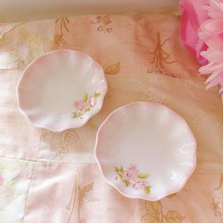 アフタヌーンティー(AfternoonTea)の新品♡イマン♡ダイアナローズ小皿セットimaneマニーローズバスケット薔薇(食器)