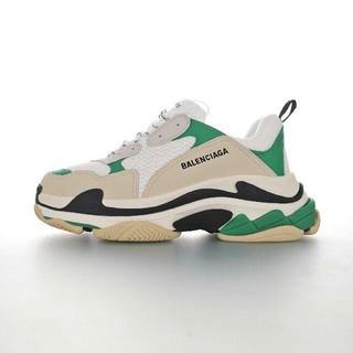 バレンシアガ(Balenciaga)のBalenciaga Triple S Beige/White/Green(スニーカー)