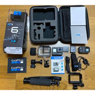 ゴープロ(GoPro)のGoPro HERO6 Black 自撮り棒、防水ハウジング等 カメラ(マリン/スイミング)