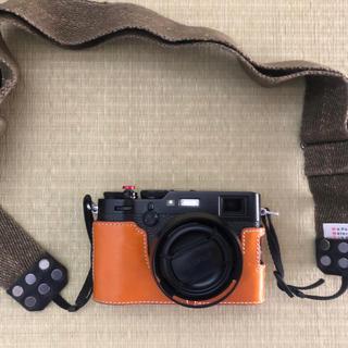 フジフイルム(富士フイルム)の【値引き、本日最終日】付属多数 FUJI FILM  X100F BLACK(コンパクトデジタルカメラ)