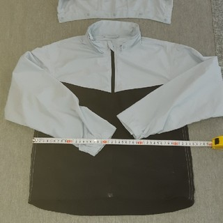 GU - フード付きジャケット