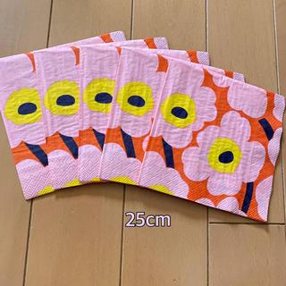 マリメッコ(marimekko)のペーパーナプキン   マリメッコ   S - ⑱    5枚(各種パーツ)
