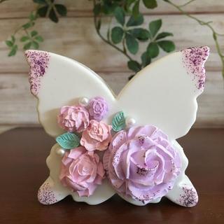 アロマストーン花蝶々 大きな薔薇