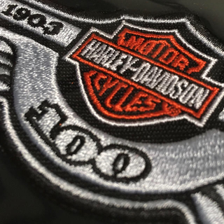 ハーレーダビッドソン(Harley Davidson)のハーレーダビッドソン®︎ 100周年ワッペン Anniversary-patch(ステッカー)