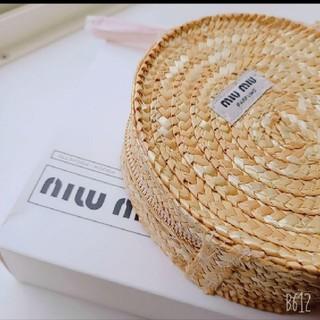 miumiu - 【 新品・未使用 】miumiu ノベルティポ-チ