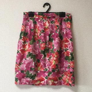 ドゥーズィエムクラス(DEUXIEME CLASSE)のドゥーズィエムクラス ひざ丈 花柄タイトスカート(ひざ丈スカート)