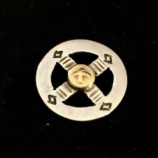 ゴローズ(goro's)のK18鑑定済み 送料無料 大特価 ゴローズ  金付きメディスンホイール(ネックレス)