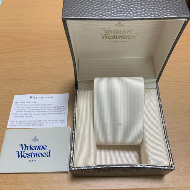 Vivienne Westwood(ヴィヴィアンウエストウッド)のVivienne Westwood 腕時計ケース レディースのファッション小物(腕時計)の商品写真