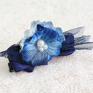 アネモネ(Ane Mone)の新品 ブルーのお花 かわいい ヘアクリップ(バレッタ/ヘアクリップ)