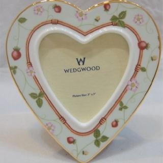ウェッジウッド(WEDGWOOD)の廃盤 WEDGWOOD ワイルドストロベリー ハート フォトフレーム(フォトフレーム)