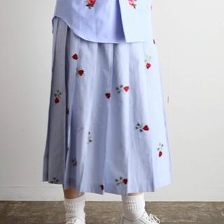 コムデギャルソン(COMME des GARCONS)のtricot COMME des GARCONS special綿ストライプ刺繍(ロングスカート)
