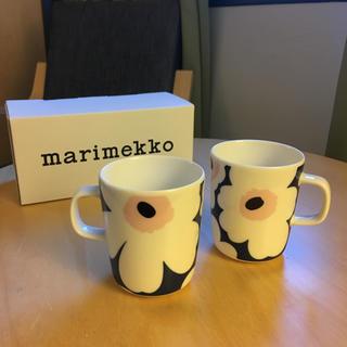 マリメッコ(marimekko)の【限定】2個✈︎マグカップ✈︎マリメッコ ✈︎フィンエアー 限定(食器)