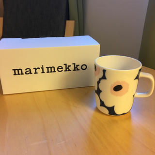 マリメッコ(marimekko)の【限定】1個✈︎マグカップ✈︎マリメッコ ✈︎フィンエアー 限定(食器)