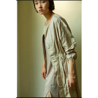 トゥデイフル(TODAYFUL)のリトルスージーlittlesuzie裾シースルーライトブルゾンコートジャケット(ノーカラージャケット)