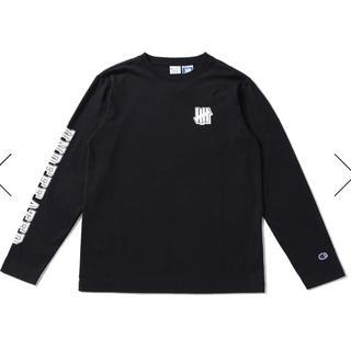 アンディフィーテッド(UNDEFEATED)のUNDEFEATED×Champion ロングTシャツ ブラック新品M(Tシャツ/カットソー(七分/長袖))