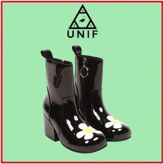 ユニフ(UNIF)のUNIF♡MOXIE DAISY(ブーツ)