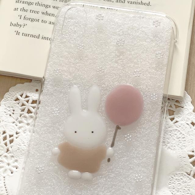 《71》~ 風船とうさぎちゃん iPhoneケース ~ ハンドメイドのスマホケース/アクセサリー(スマホケース)の商品写真