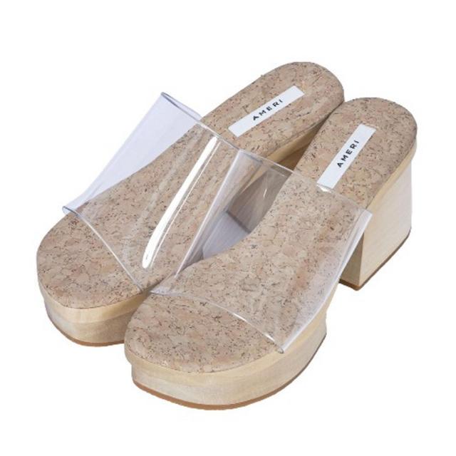 Ameri VINTAGE(アメリヴィンテージ)のAMERI / MEDI CLEAR GETA WOOD SANDAL レディースの靴/シューズ(サンダル)の商品写真