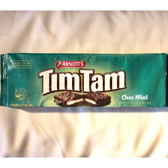 ティムタム ❁ チョコ ミント オリジナル 限定  TimTam 食品/飲料/酒の食品(菓子/デザート)の商品写真