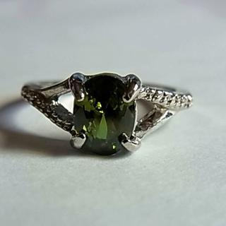 新品シルバーカラー リング指輪10号1粒グリーン緑色キュービックジルコニア(リング(指輪))