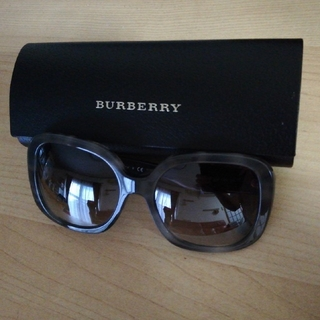 BURBERRY - BURBERRY サングラス