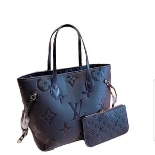 LOUIS VUITTON - 😍😍😍 louis vuittonv黒くてきれいなハンドバッグ