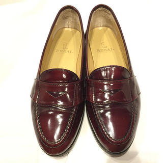 リーガル(REGAL)のリーガルREGAL/ローファー/美品/エナメル/パテント/赤茶色/レッドブラウン(ローファー/革靴)