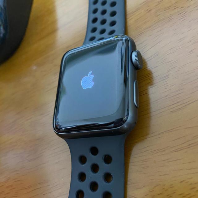 Apple Watch(アップルウォッチ)のApple Watch series3 42mm NIKEモデル GPS メンズの時計(腕時計(デジタル))の商品写真