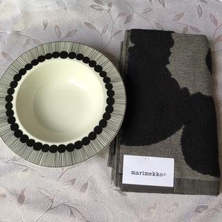 マリメッコ(marimekko)のマリメッコ ディーププレート 20㎝ 深皿 新品(食器)