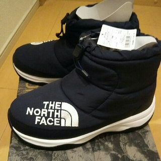 ザノースフェイス(THE NORTH FACE)のザ・ノース・フェース BEAMSコラボ ブーツ スニーカー ネイビー 新品未使用(ブーツ)