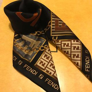 フェンディ(FENDI)のフェンディ ハンカチスカーフ Special  rare   ブラックバージョン(ハンカチ)