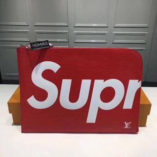 Supreme - 赤色 シュプリーム クラッチバッグ