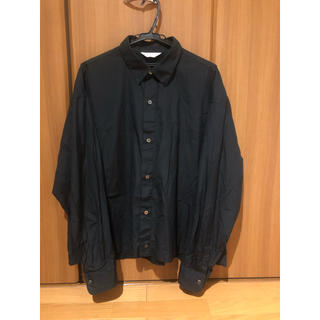 アンユーズド(UNUSED)のUNUSED バッグデザインシャツ size 4(シャツ)