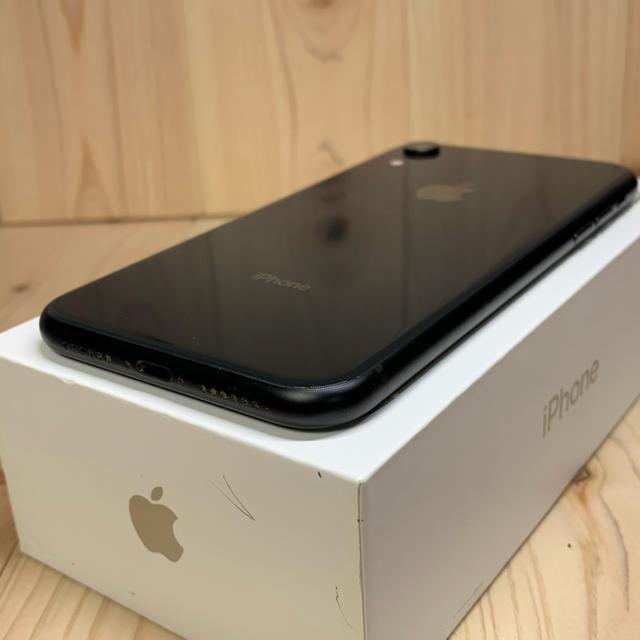 Apple(アップル)の【A】【ケア加入】iPhone XR 128 GB SIMフリー Black スマホ/家電/カメラのスマートフォン/携帯電話(スマートフォン本体)の商品写真