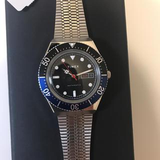 タイメックス(TIMEX)の【日本未発売/新品未使用】TIMEX M79 Batman 青黒 GMTベゼル(腕時計(アナログ))