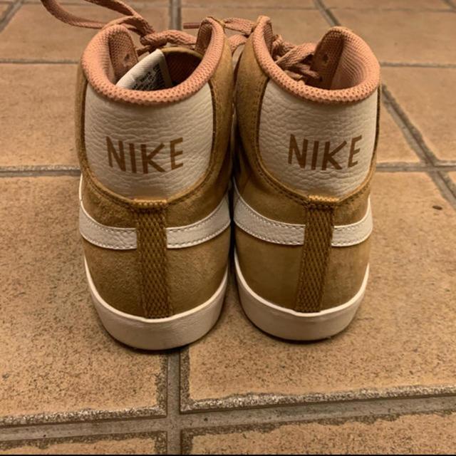 NIKE(ナイキ)のナイキ NIKE ブレーザー MID ビンテージ ハイカット スエード ブラウン レディースの靴/シューズ(スニーカー)の商品写真
