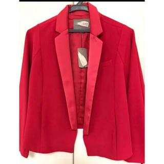 フォーエバートゥエンティーワン(FOREVER 21)の新品未使用 ジャケット 赤 ピンク フォエバー21  (テーラードジャケット)