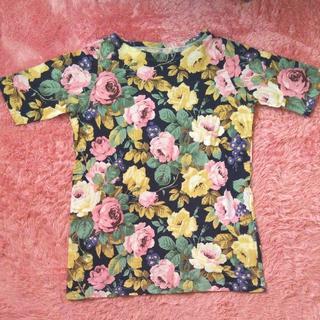 UNIQLO - 《119》USED★ユニクロ 花柄 半袖Tシャツ