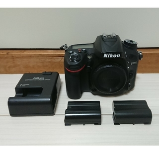 Nikon - Nikon D7200 本体+バッテリー2つ
