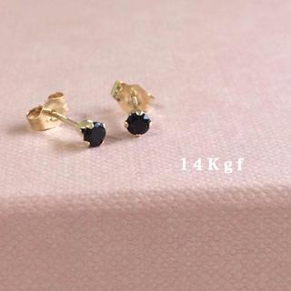 Plage - 14Kgf/K14gfブラックスピネル一粒ピアス/天然石ピアス 3ミリ ゴールド