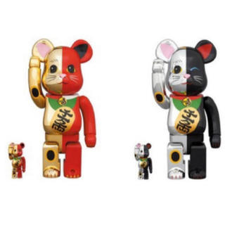 メディコムトイ(MEDICOM TOY)の新品 BE@RBRICK 招き猫 金×赤 銀×黒 100% 400% 4体セット(その他)