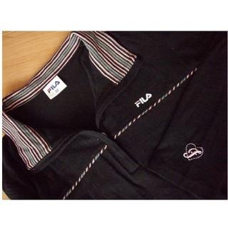 フィラ(FILA)の新品 FILA 長袖Tシャツ 胸にロゴあり 襟あり 黒色 Mサイズ(Tシャツ(長袖/七分))